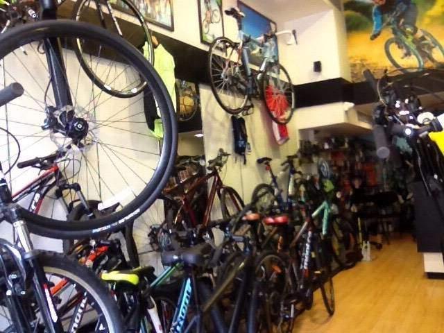 cycle showroom near me